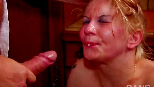beauty liala takes him in her ass