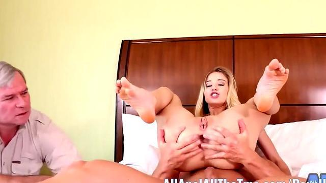 Blond chick fucked nice