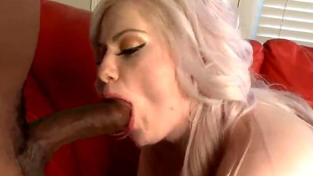 the fat and sexy latin slut fuck at home